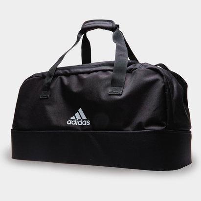 Sac de sport fourre tout Tiro DU BC par adidas